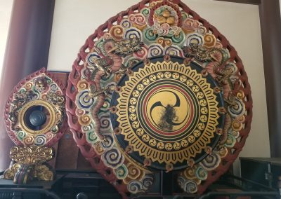 A large drum in a temple. Exquisite.